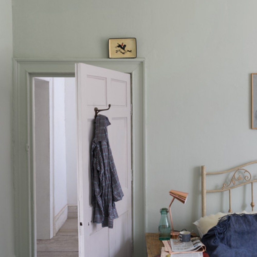 Краска Farrow & Ball цвет Peignoir 286 Estate Emulsion 5 л к