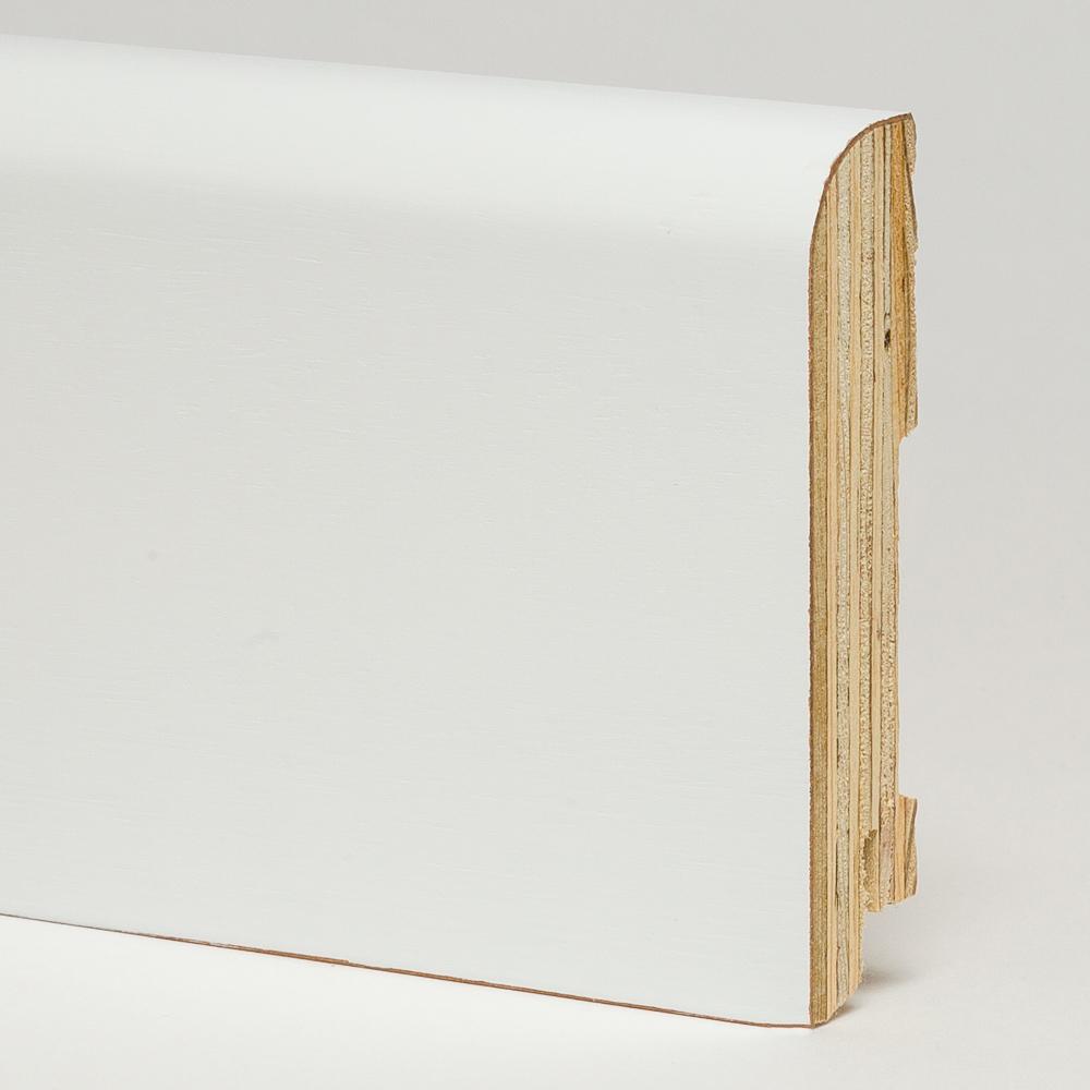 Белый плинтус деревянный. Купить напольный шпонированный.