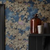 Обои Little Greene Archive Trails Vine - Bleu в интерьере